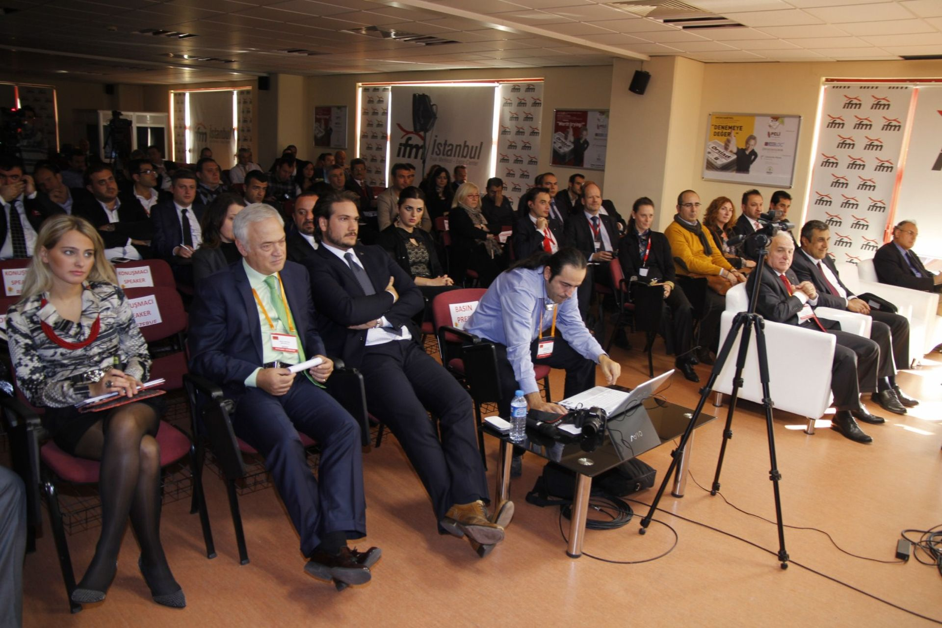 DOMOTEX Turkey 2012 Zeminin Geleceği Forumu